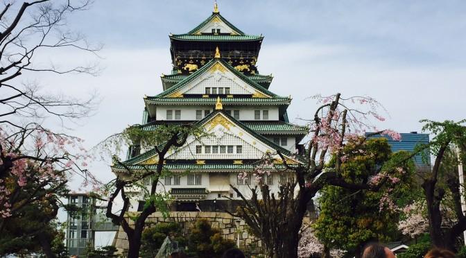 さくらの季節になると、日本という国に生まれてよかったと感じます   大阪城とさくら